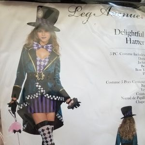 Medium Leg Avenue Mad Hatter Costume